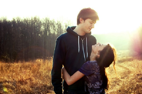 A would guy a tall girl date short 11 Things